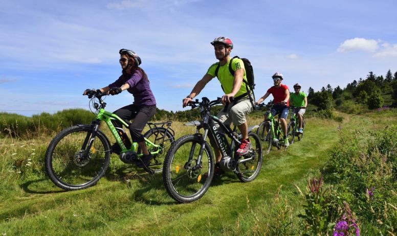 balade à vélos électriques autour de Montselgues